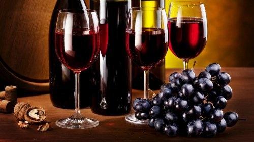 cherveno-vino-i-grozde-500x281