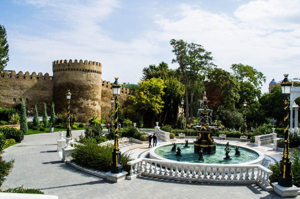 Baku 5