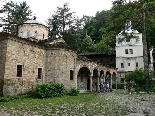 Troyan-monastery