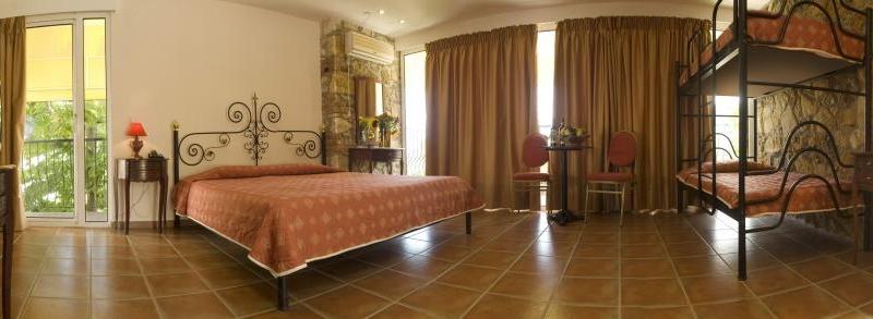 4f159d88cb9e9-Hotel_Kriopigi_Beach_Kriopigi_Grecia_13