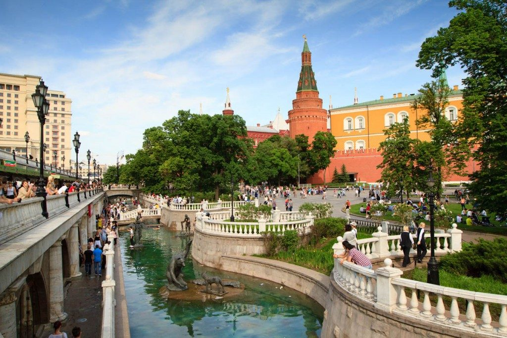 Alexander-Garden-in-Moscow-1024x682